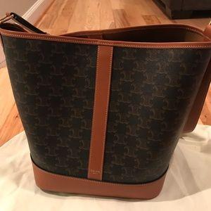 Authentic CELINE medium triomphe bucket bag.